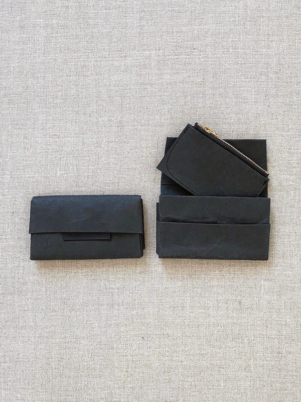 Paper Pleated Wallet – Black