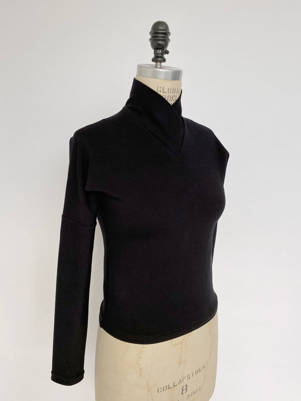 Wrap Neck Crop - Black