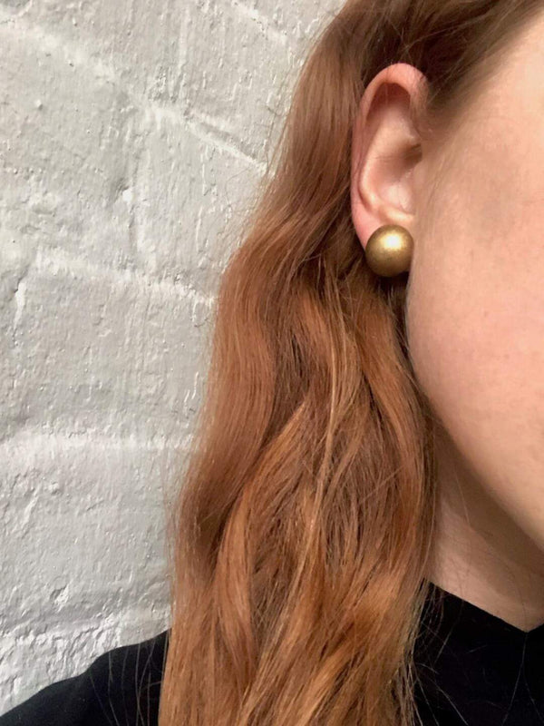 brass stud earrings