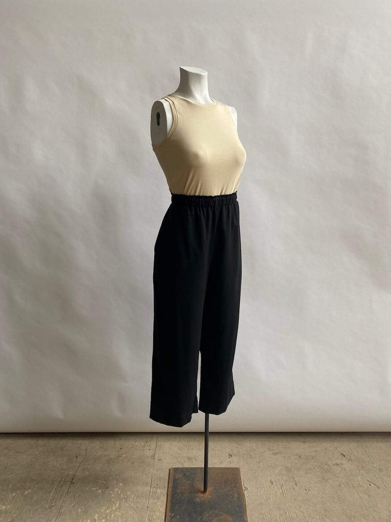 Cropped Wool Trouser