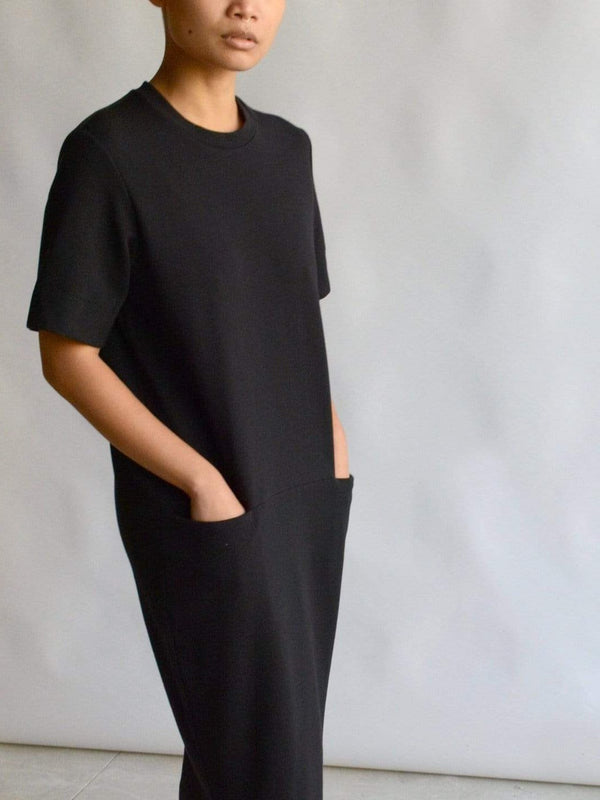 Structured T-Dress - Black