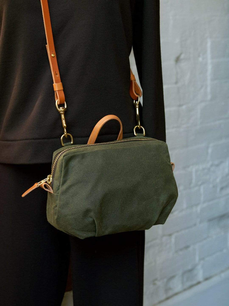 hoi bo olive green waxed canvas purse with natural leather strap made in Canada