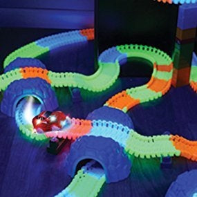 Amazing Race Tracks (Glows In The Dark)