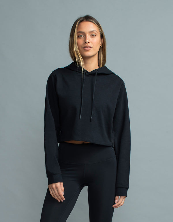 Crop Flex Hood Black