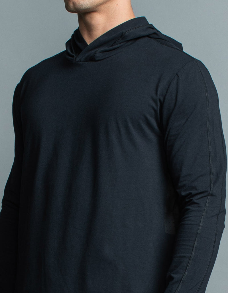 Form LS Hood Tee Black