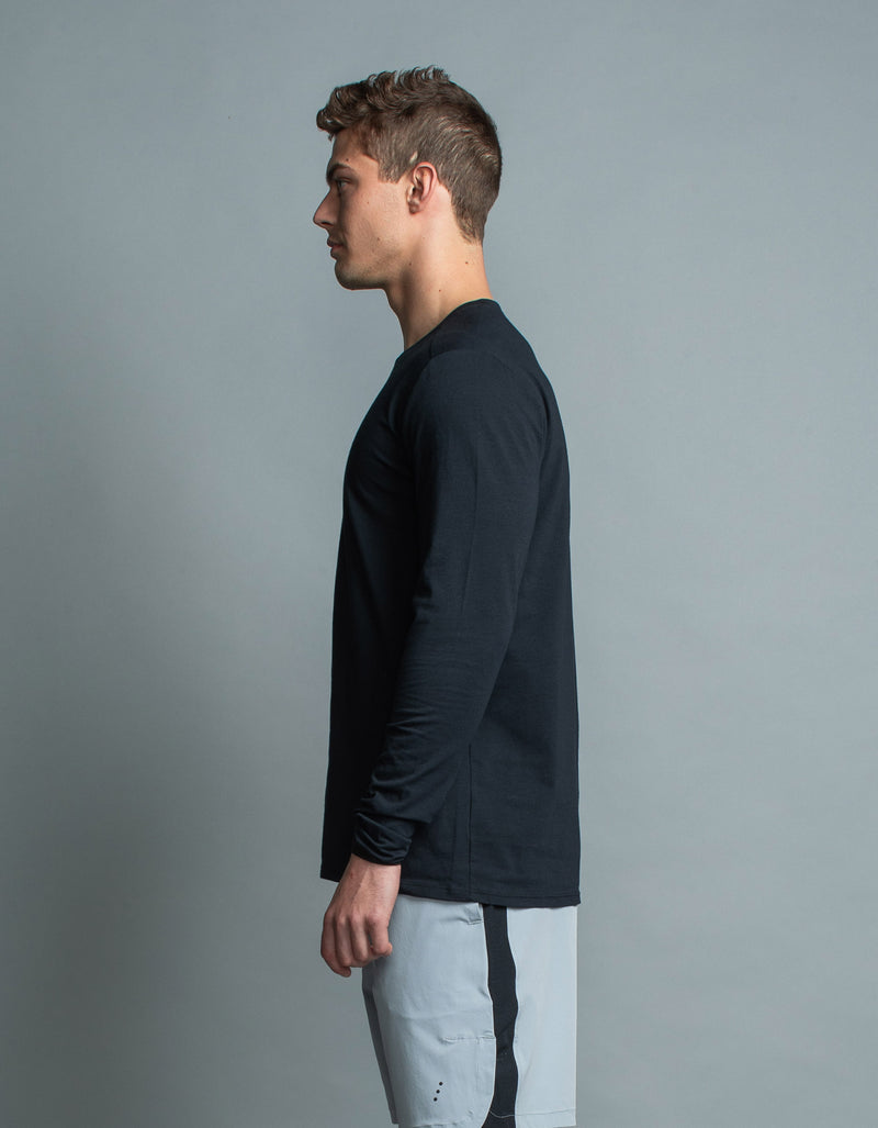 Form LS Tee Black