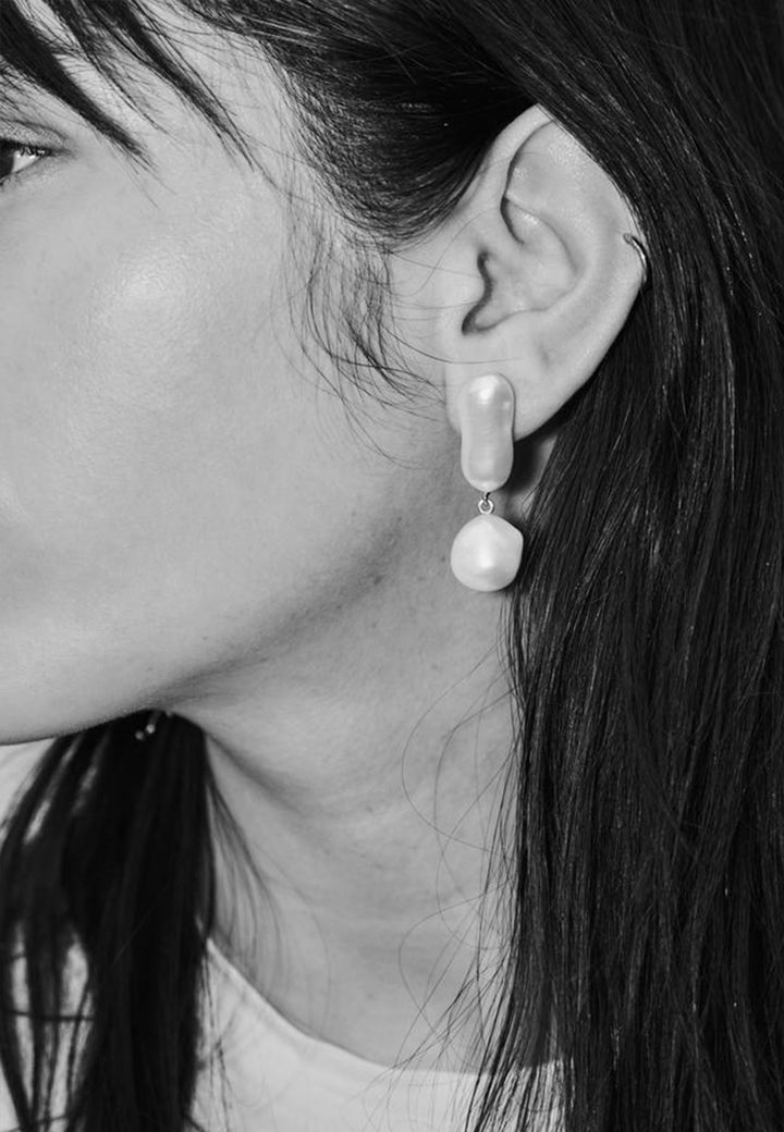 Joy Pearl Earrings - silver