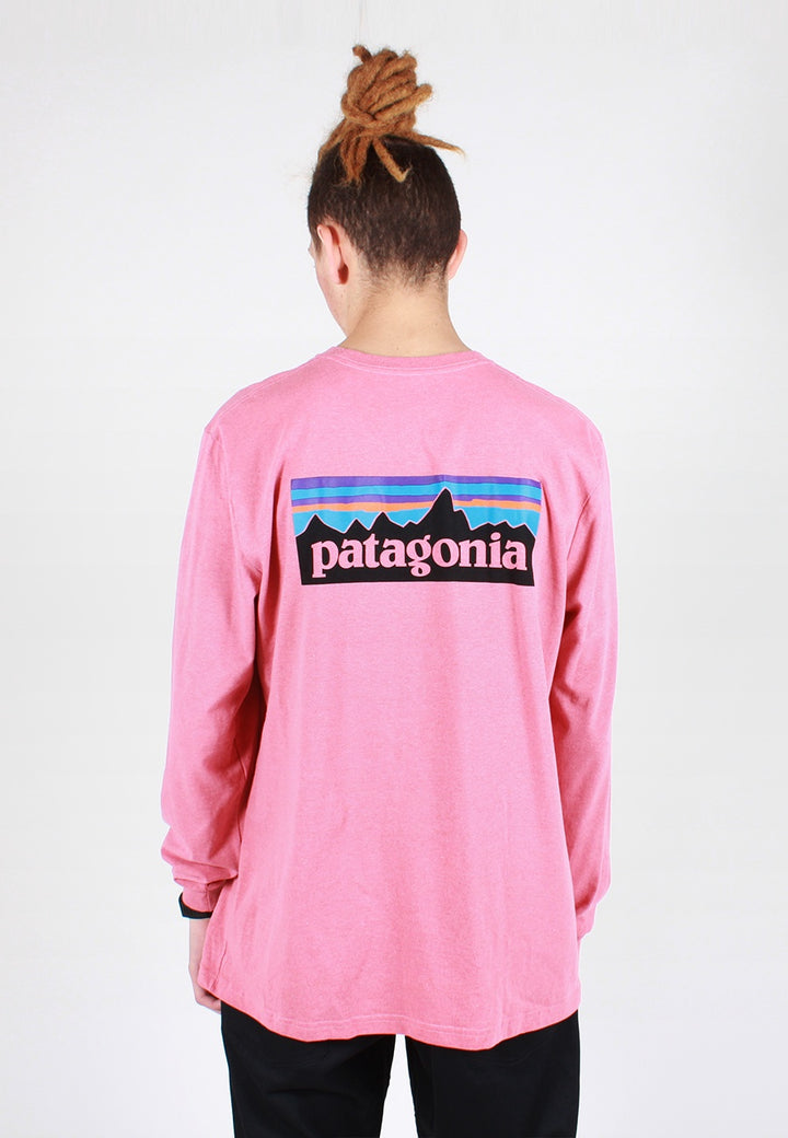 Patagonia P-6 Logo Responsibili-Tee Long Sleeve T-Shirt - sticker pink - Good As Gold