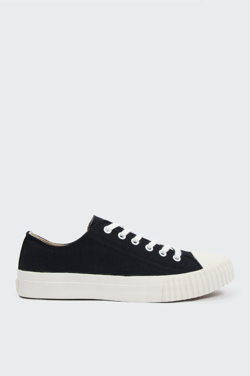 Bata Bullets Low Cut Canvas - black/white | GOOD AS GOLD | NZ