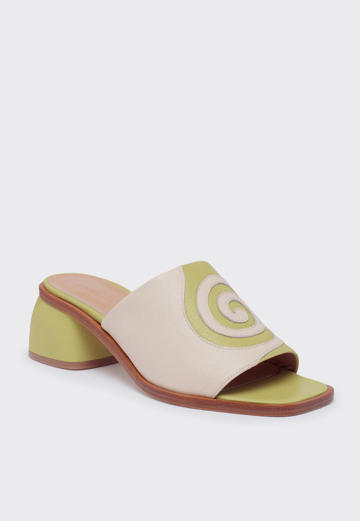 Tornado Sandals - light olive green