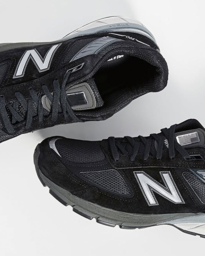 990v5 Made in US - black/silver
