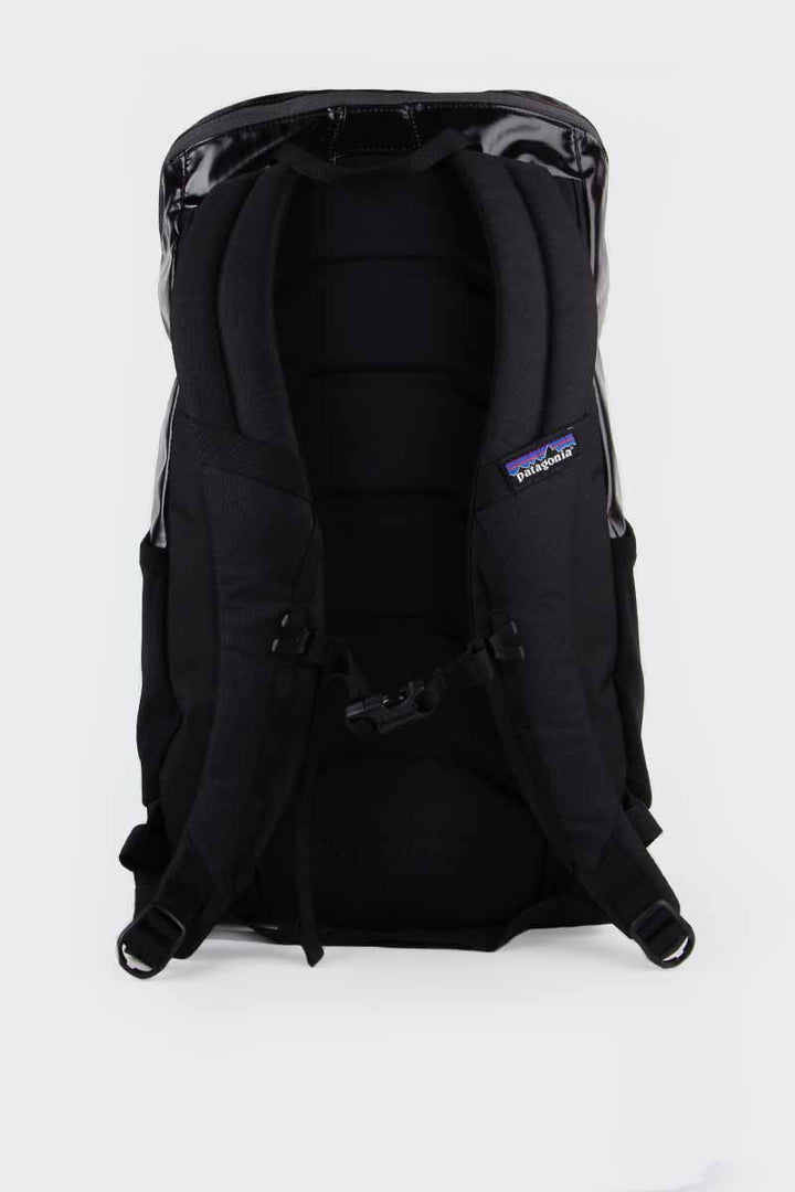 Patagonia, Black Hole Pack 25L - black | GOOD AS GOLD | NZ