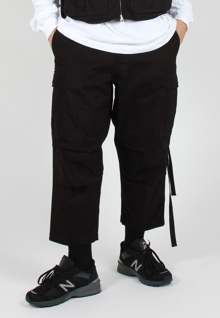 Maharishi Loose Cropped Cargo Pants - black