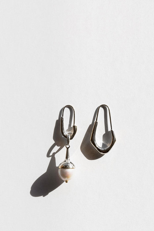 Jasmin Sparrow Lulu Earrings - silver/pearl - Good As Gold