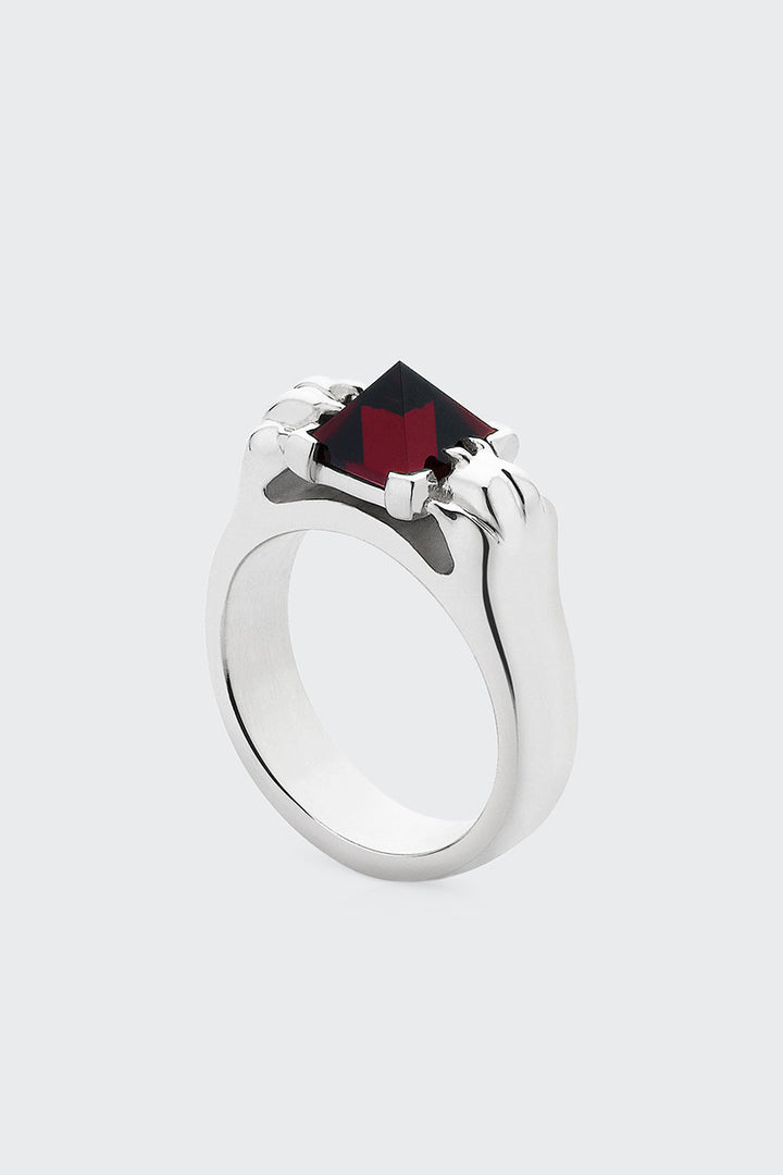 Meadowlark Cat Paw Pyramid Ring - silver/thai garnet | GOOD AS GOLD | NZ