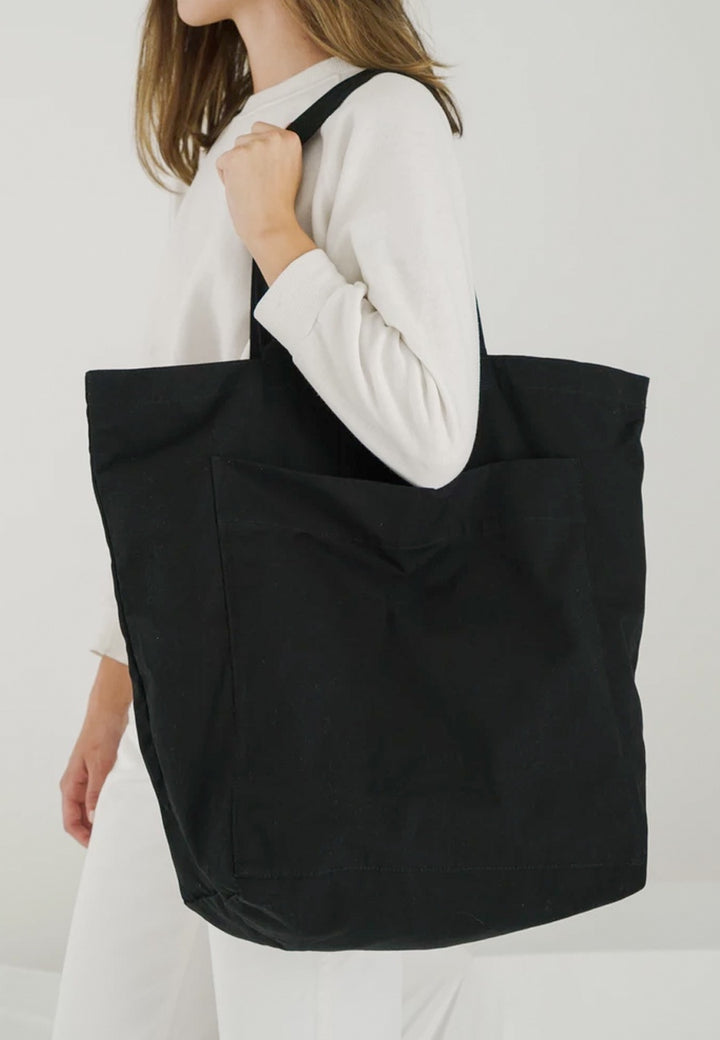 Baggu | Giant Pocket Tote - black | Good As Gold, NZ