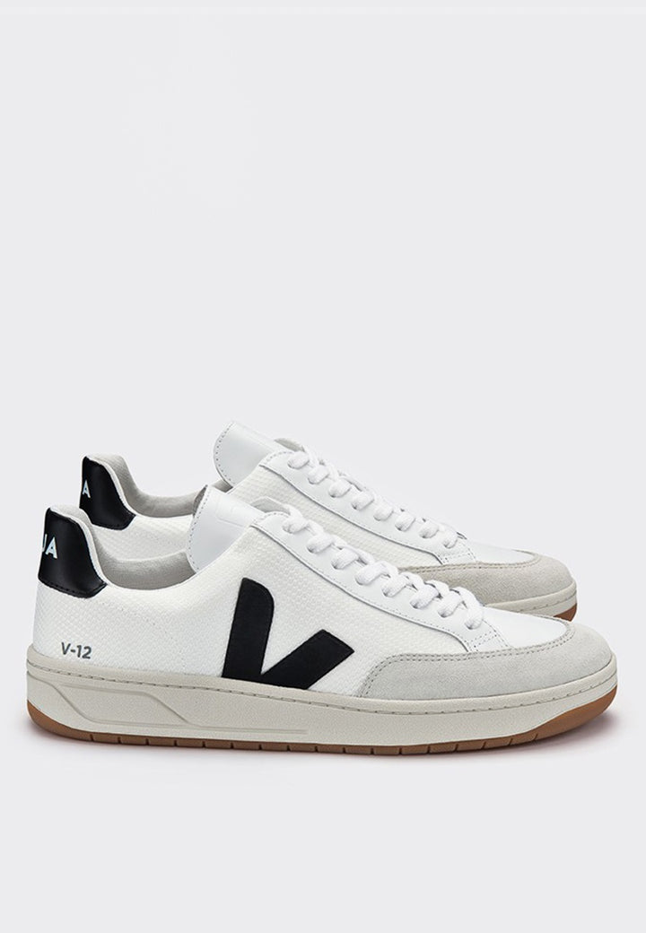 Veja | V12 B Mesh - white/black | Good As Gold, NZ