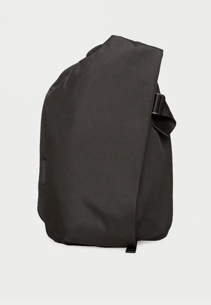 Medium Isar Backpack - black eco yarn