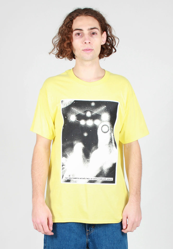 Communicate T-Shirt - yellow