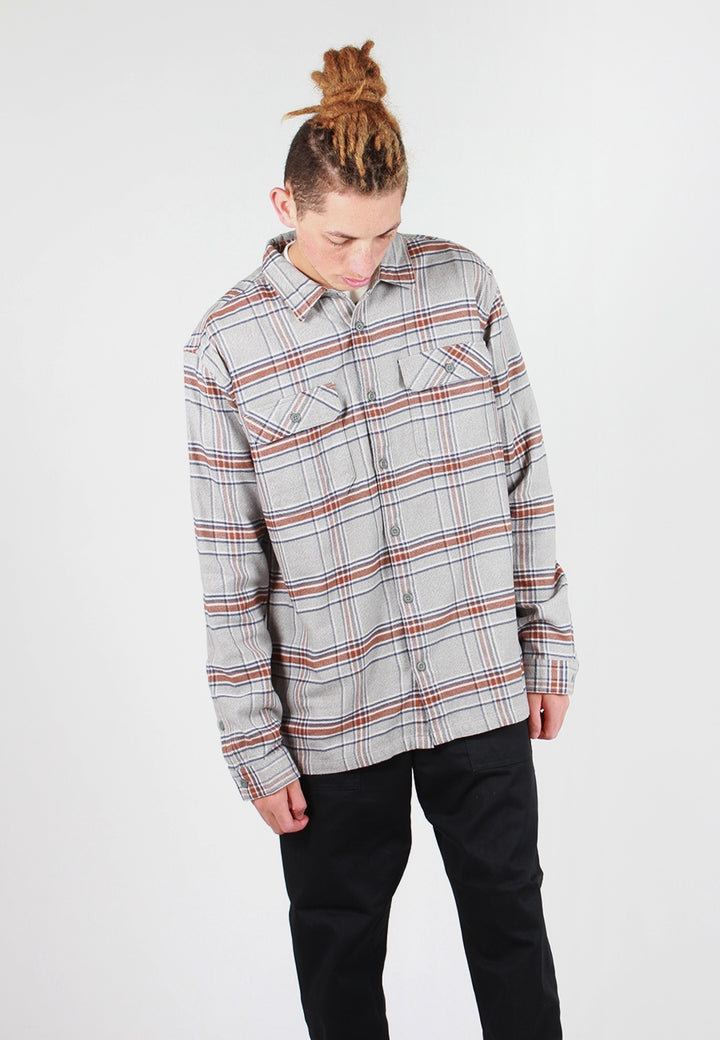 Patagonia Fjord Flannel Shirt - feather grey plaid - Good As Gold