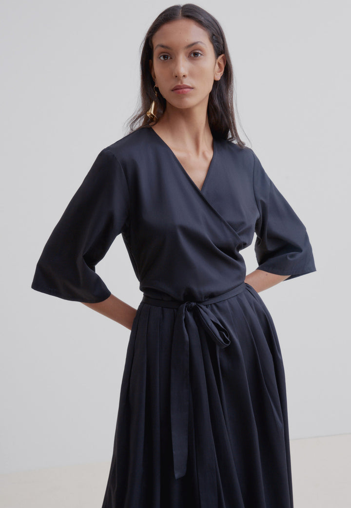 Nico Wrap Dress - black