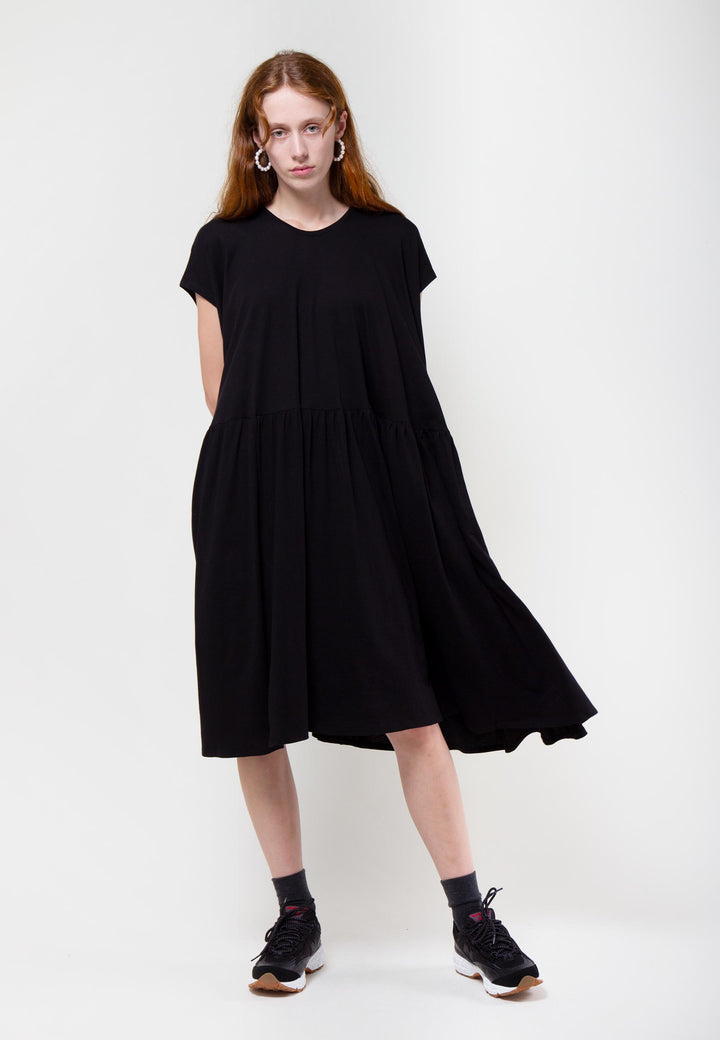 Building Block Gather Dress - black