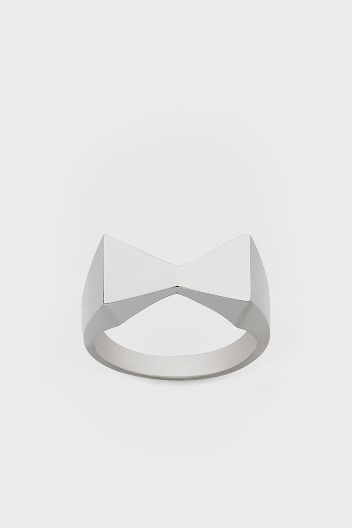 Meadowlark, Bow Tie Ring - silver | GOOD AS GOLD | NZ