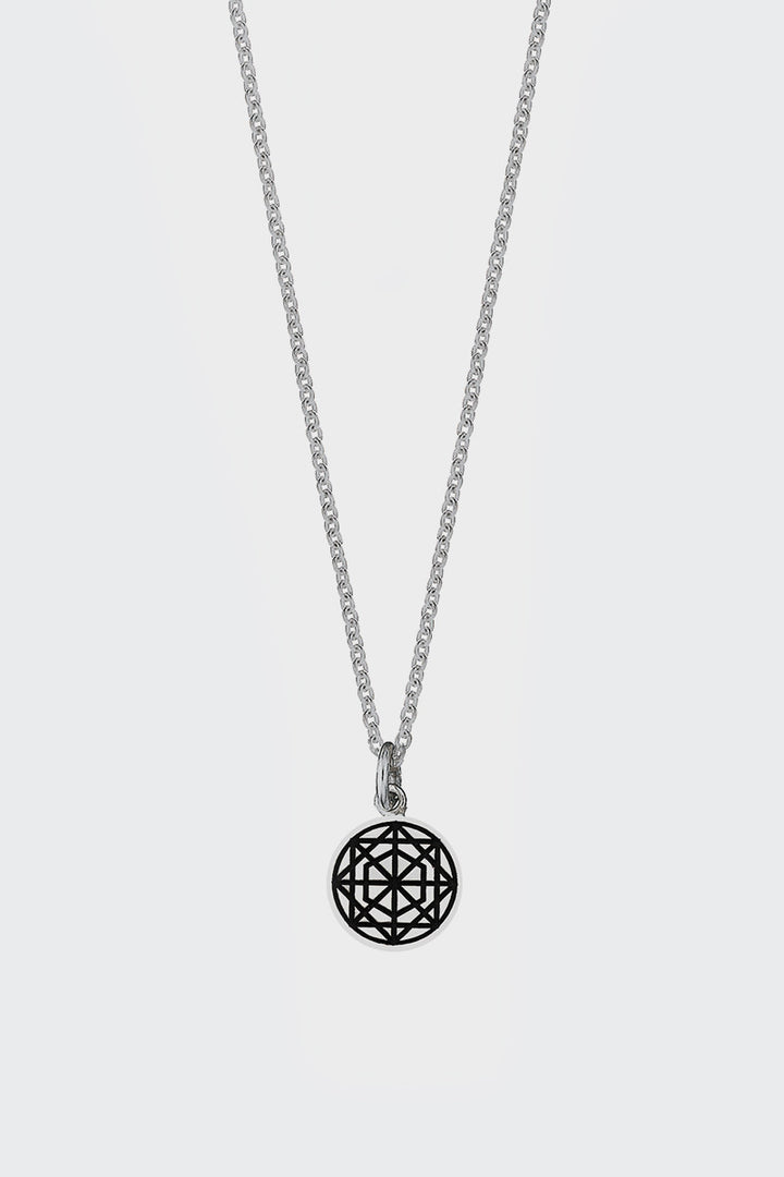 Etch Circle Charm Necklace - silver