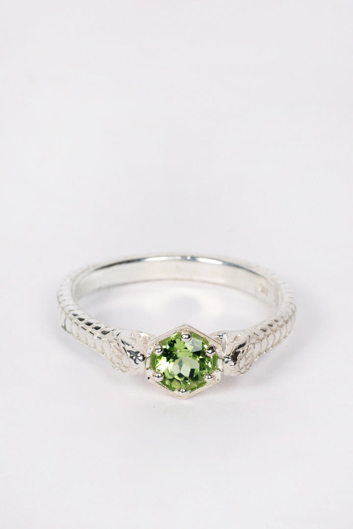 Meadowlark, Snake Bite Ring, silver / peridot | GOOD AS GOLD | NZ
