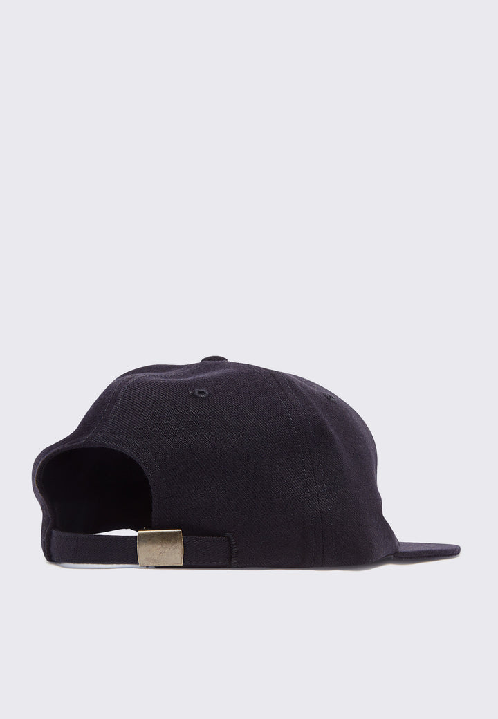 Surprised 6 Panel Hat - black