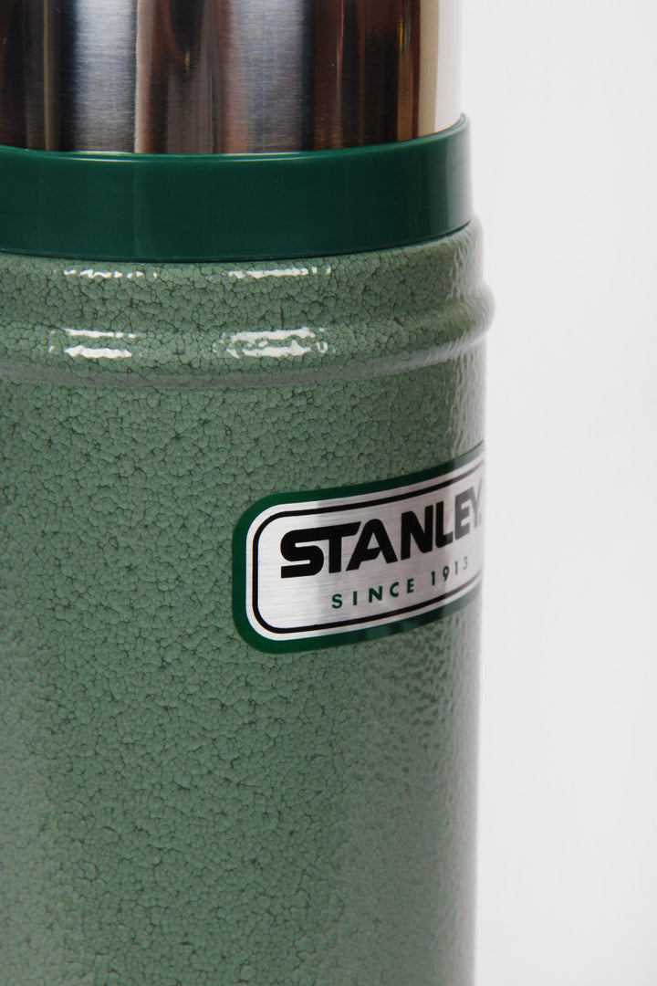 Stanley Classic Flask 473ml - green | GOOD AS GOLD | NZ