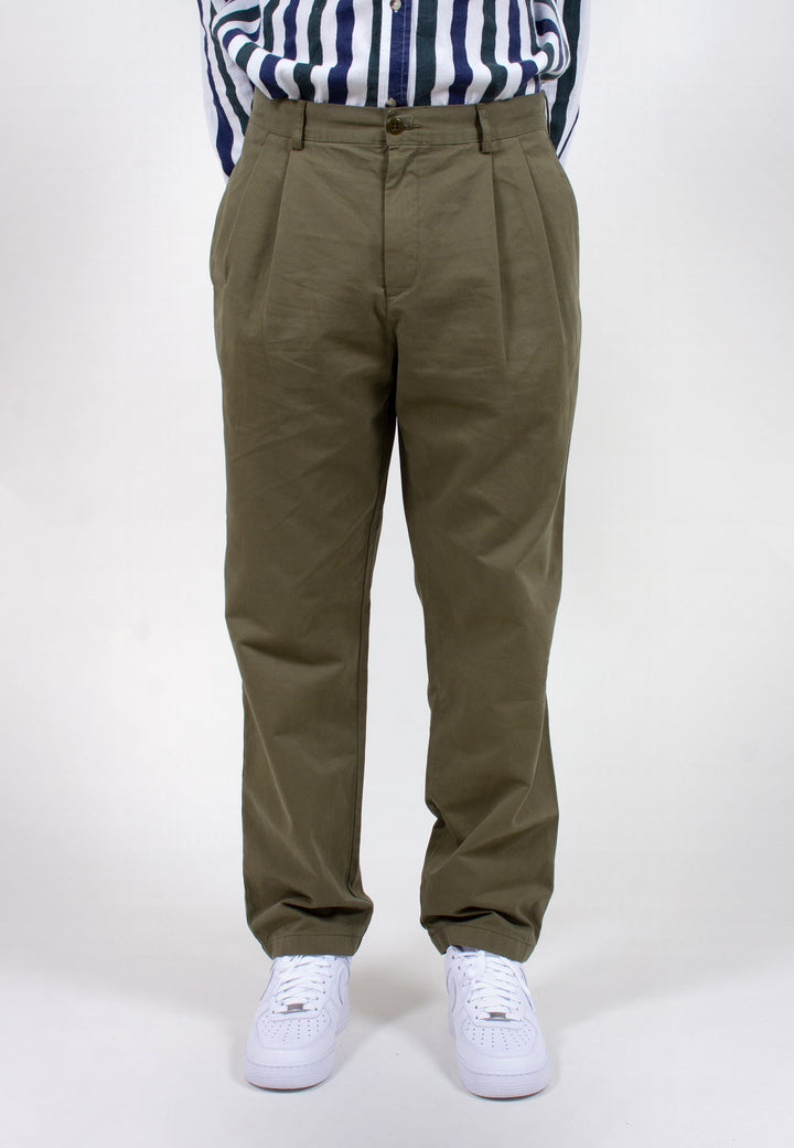 Double Pleat Chino - olive taffeta