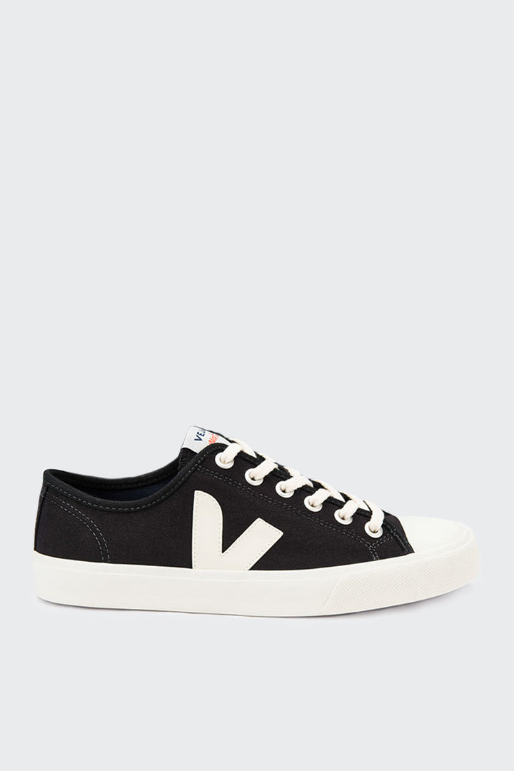 Veja Wata Canvas - black | GOOD AS GOLD | NZ