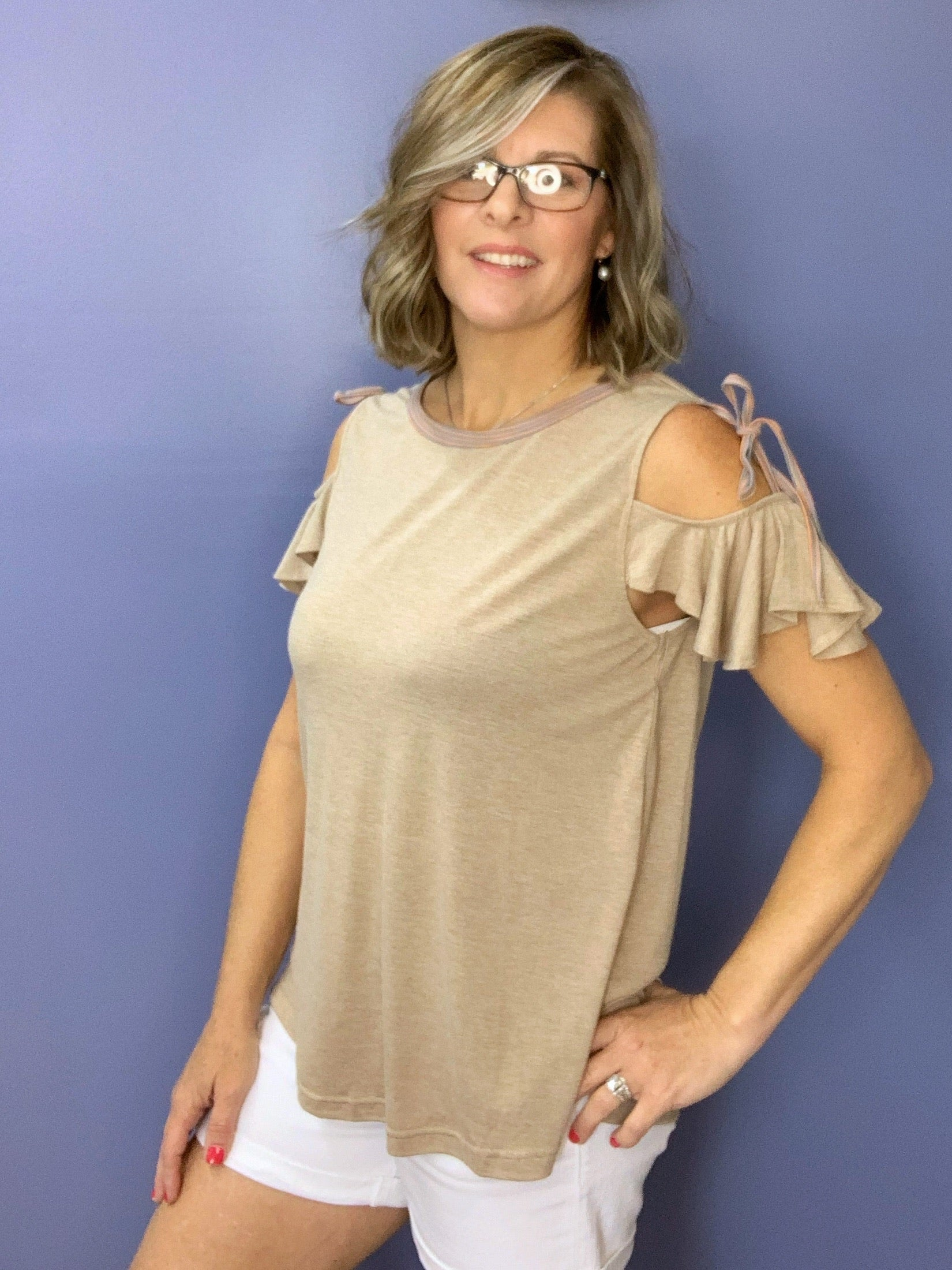 Toni - Mocha cold shoulder t-shirt