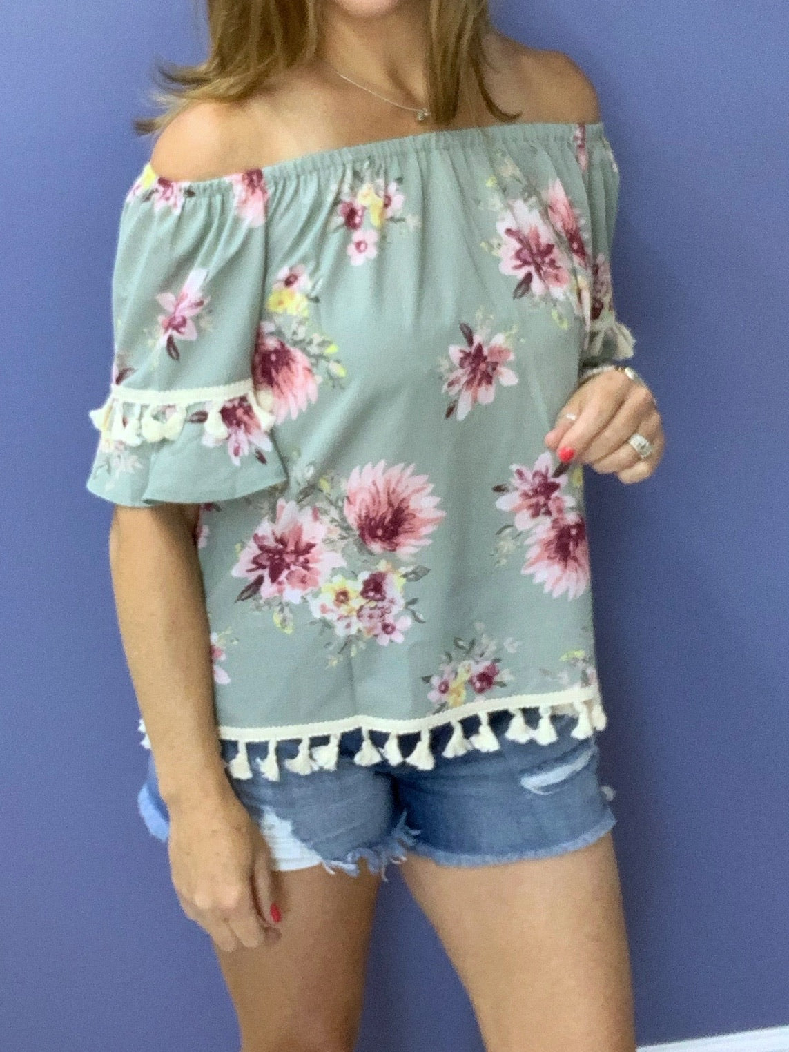 Mint to Be - Floral / Tassel Top