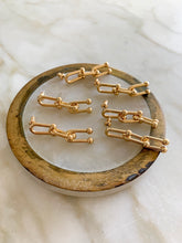 Load image into Gallery viewer, Kahlo Gold Chain Link Earrings