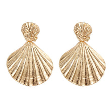 Load image into Gallery viewer, Renata Gold Shell Earrings