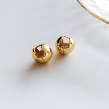 Load image into Gallery viewer, Dottie Gold Huggie Earrings