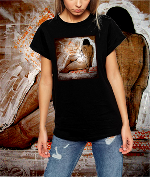 Women's Sitting Nude Woman T-Shirt