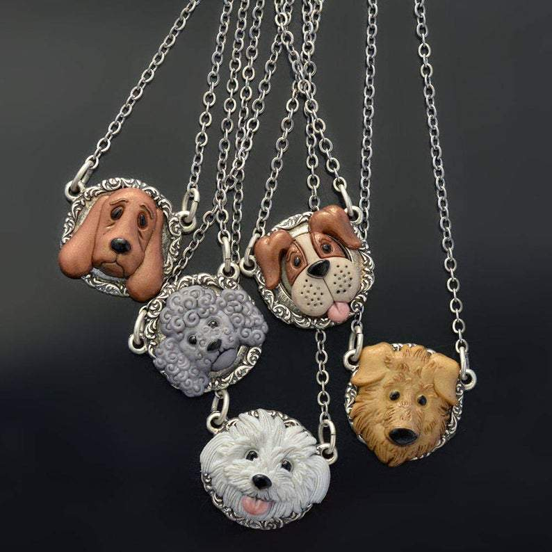 Dogs in Jewelry – Jewelers Decorate Their Dogs