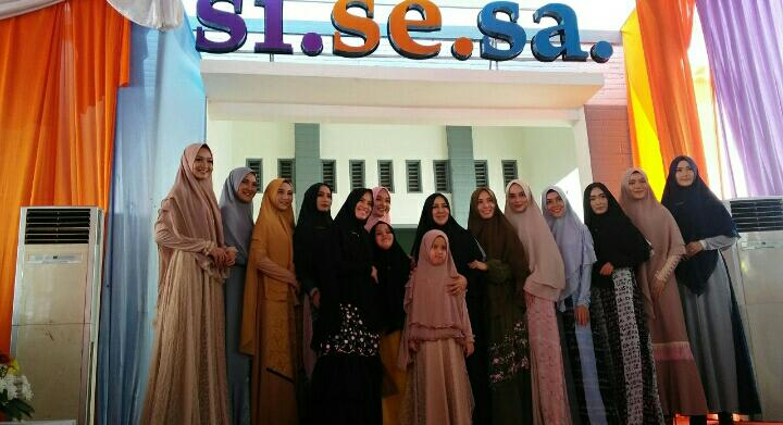 sisesa grand opening cirebon boutique
