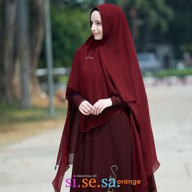 Sisesa Qari'ah Dress