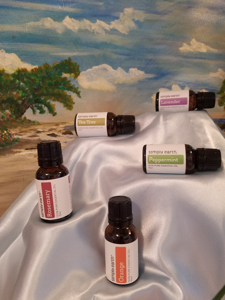 5 FAVORITE ESSENTIAL OILS & THEIR USES
