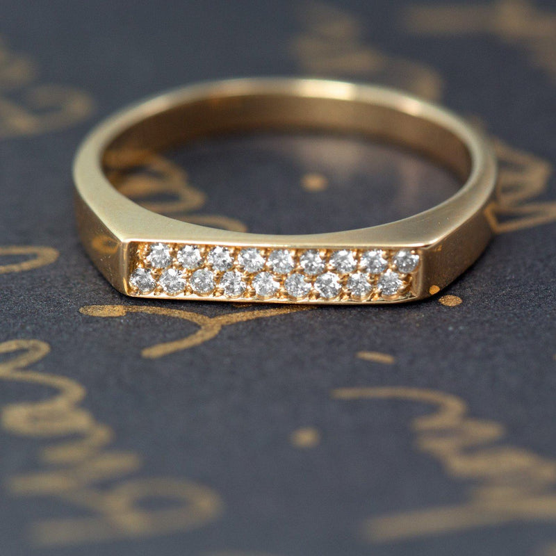 gold ring flat top 2 rown of diamonds