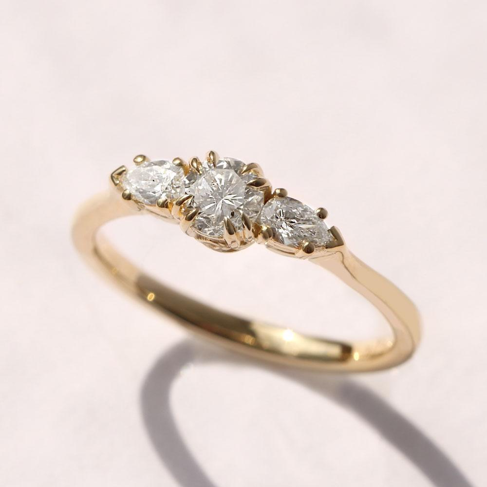 emma gold ring HOTCROWN