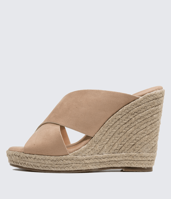 Lina High Wedge