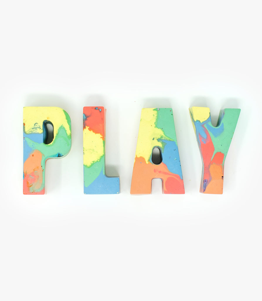 PLAY crayon set in Pastel