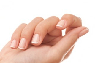 Nail Strengtheners Reverse the Signs of Environmental Damage