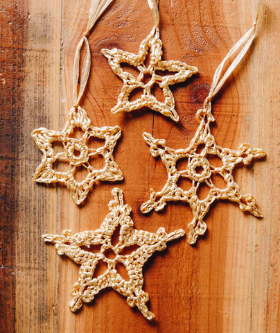 Raffia Stars & Snowflakes Using Wool and the Gang Ra-Ra Raffia