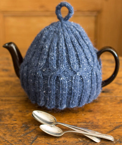 X x X Anniversary Tea Cozy Using Rowan Felted Tweed: 4-cup Version
